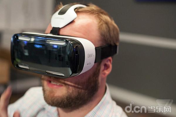 三星Gear VR虚拟现实技术还原真实凶猛鲨鱼_硬件消息_原创频道_当乐网