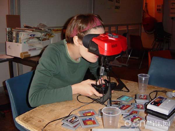 二十年前任天堂的Virtual Boy