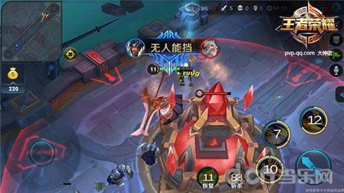 《王者荣耀》solo对战中,最终的胜利条件依旧是推掉敌方基地塔.