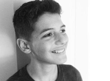 13岁国外男孩自学编程,手游新作10月上架